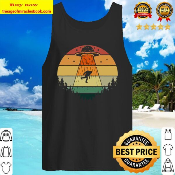 Retro Bigfoot Ufo Abduction Sasquatch Alien Birthday Gift Tank Top