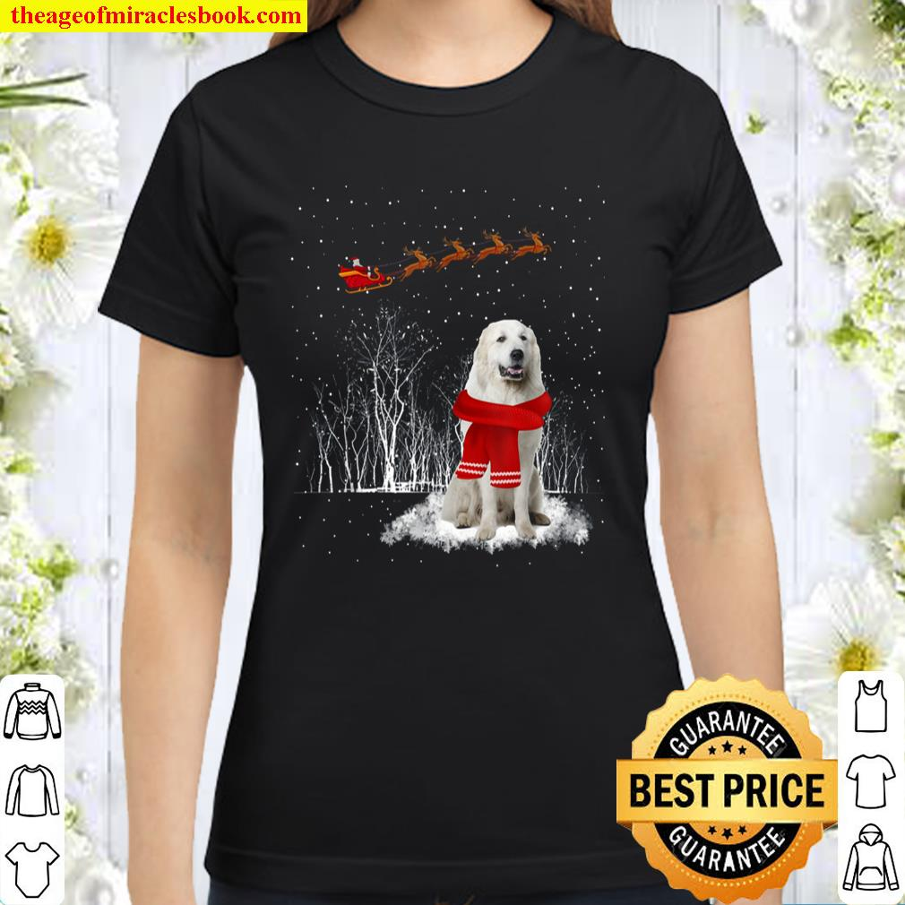 Great Pyrenees Is Watching The Snow Christmas Gift Classic Women T-Shirt