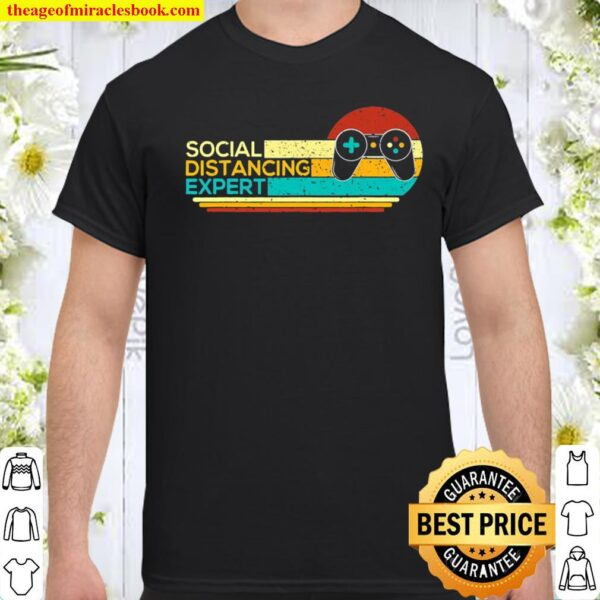 Social Distancing Expert Funny Gaming Vintage Video Gamer Shirt