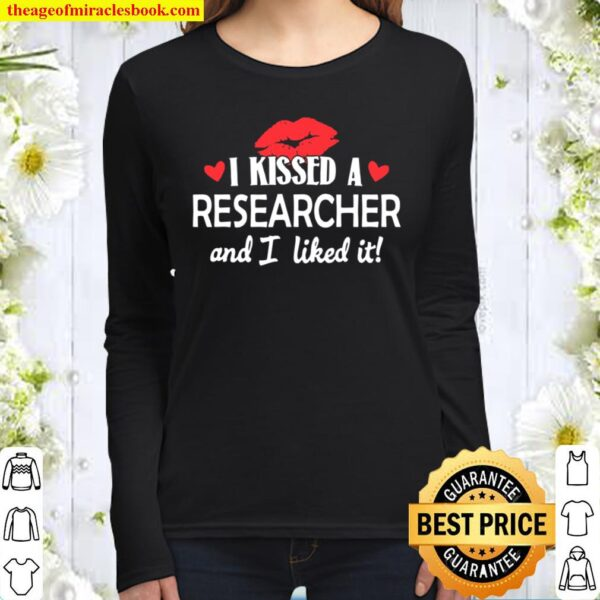 I Kissed a Researcher Married Dating Anniversary Gif Women Long Sleeved