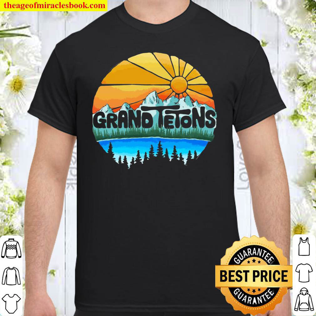 Grand Tetons National Park Graphic Vintage Style Pullover Shirt